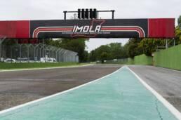 La F1 sperimenta un format di due giorni ad Imola