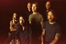 I Foo Fighters in concerto a scopo benefico