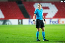 Calcio: Stephanie Frappart sarà il primo arbitro donna in Champions League