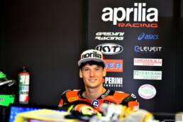 Motori: Lorenzo Savadori sarà il secondo pilota ufficiale Aprilia